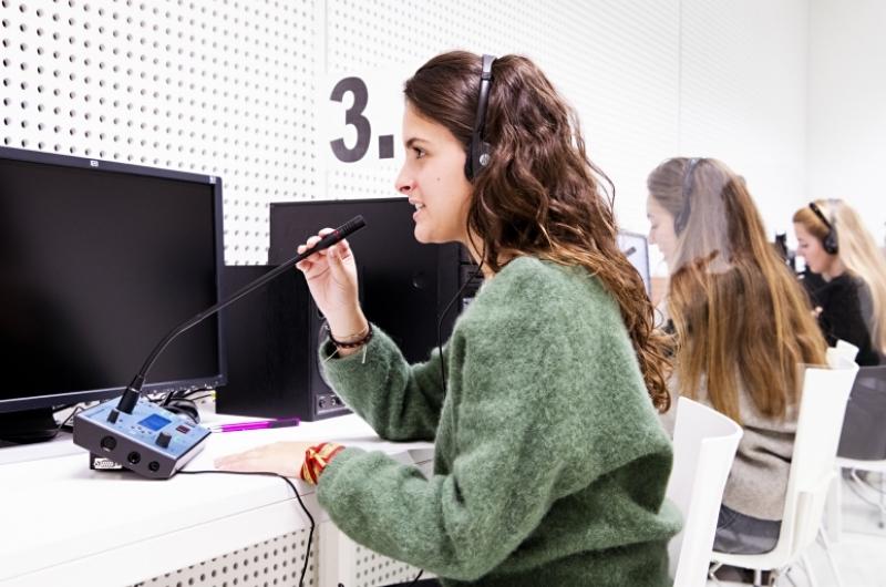Alumnos de Traducción y Comunicación Intercultural.