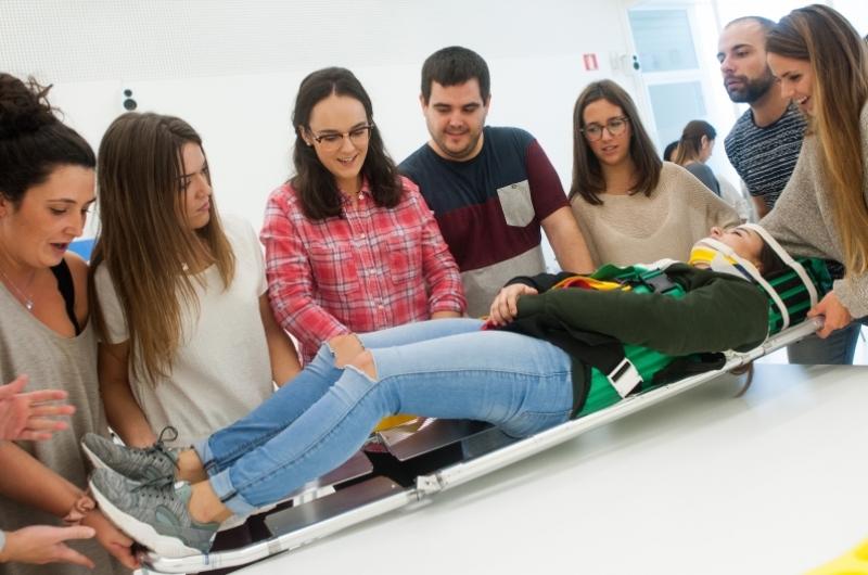 Alumnos en un taller de la Facultad de Ciencias de la Salud
